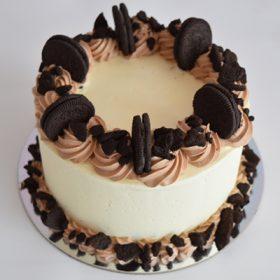 Cookies & Cream Round Cake 1