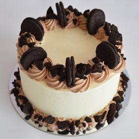 Cookies & Cream Round Cake