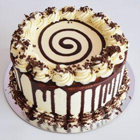 Molten Chocolate Round Cake
